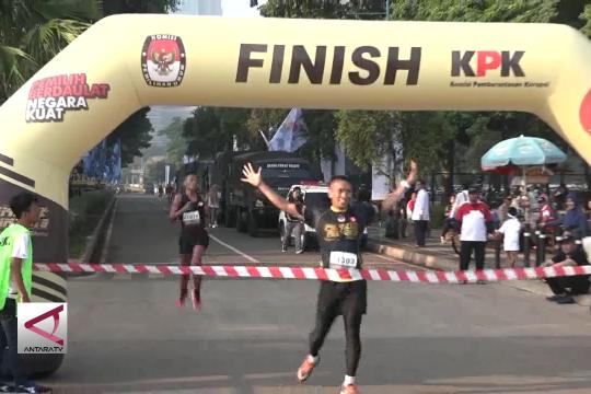 Tiga ribu pelari ramaikan Pemilu Run 2019