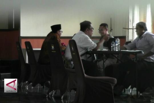 KPK periksa Wali Kota dan sejumlah  pejabat Kota  Malang