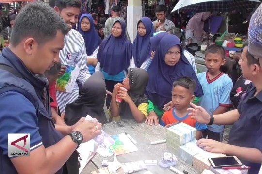 Mengganti uang lusuh di Pulau Rupat