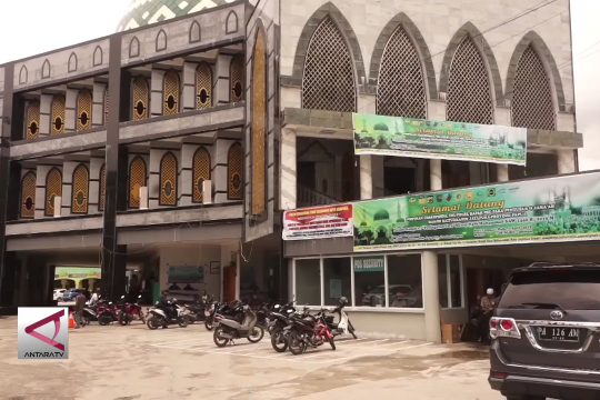 Ratusan umat Islam Jayapura zikir dan doa untuk Pemilu 2019
