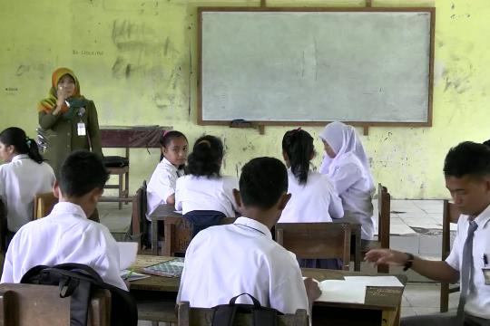 Mendorong perbaikan pendidikan karakter & etika bermedsos