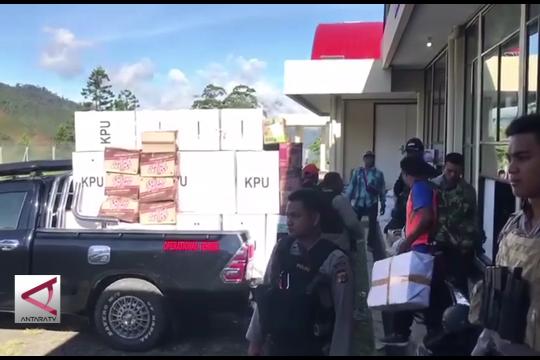 Tiga kabupaten di Papua tunda pencoblosan karena cuaca