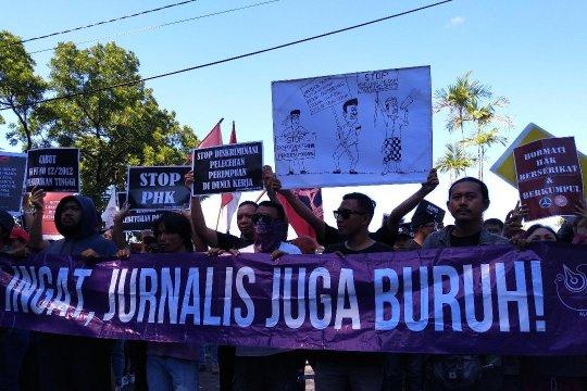 Pekerja Bali tuntut penerbitan perda pelindungan pekerja lokal