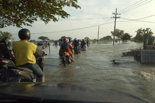 DPRD Gresik prioritaskan perubahan APBD untuk normalisasi Kali Lamong