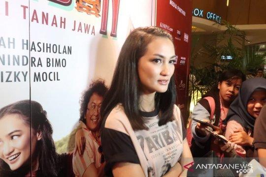 "Atiqah Hasiholan diuntungkan referensi budaya saat akting ""Pariban"""