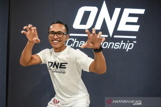 Petarung One Championship tetap puasa di tengah padatnya kegiatan