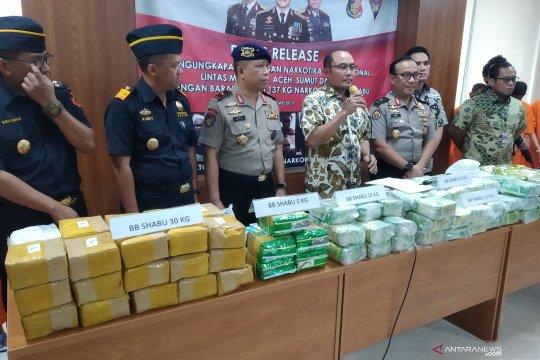 Polri-Bea Cukai sita 137 kg paket sabu asal Malaysia