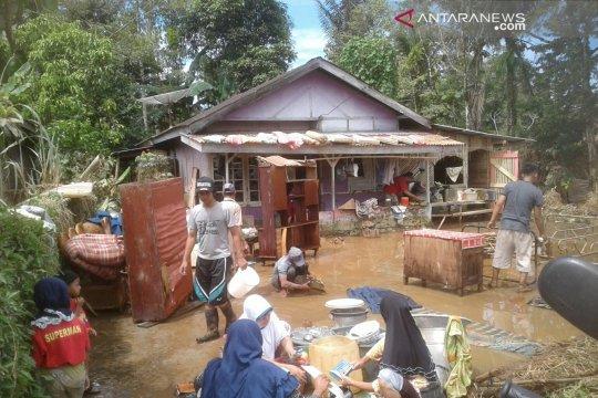 Korban banjir Kepahiang mulai beraktivitas