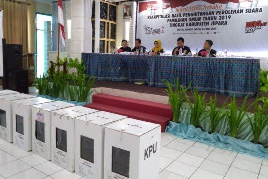 KPU Jepara targetkan rekapitulasi suara tuntas 2 hari