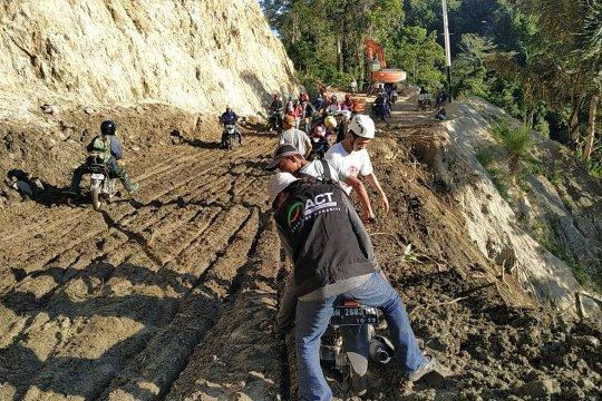 ACT : Ada delapan titik longsor di jalan Trans Palu-Kulawi