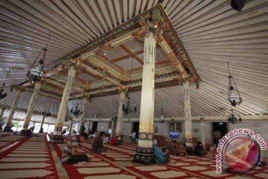 Masjid Gedhe Kauman siapkan ribuan paket buka puasa