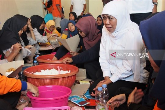 Gubernur Jatim semangati korban banjir di Gresik
