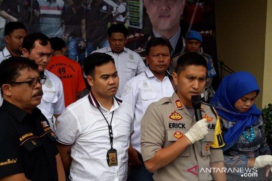 Kronologi pembunuhan bayi oleh ayah kandungnya di Kebon Jeruk