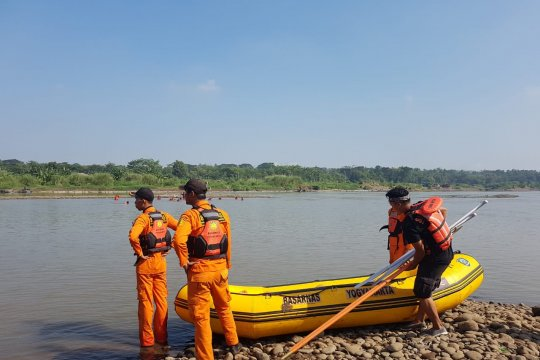 Korban tenggelam di Sungai Progo saat 'padusan' belum ditemukan