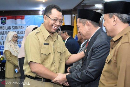 Gubernur NTB mutasi 21 pejabat di awal Ramadhan