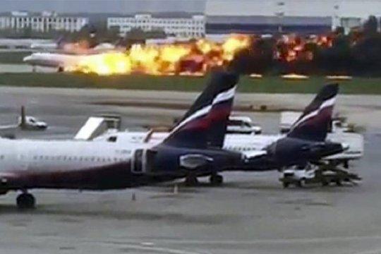 Rusia ogah kandangkan pesawat Sukhoi pascainsiden pendaratan darurat
