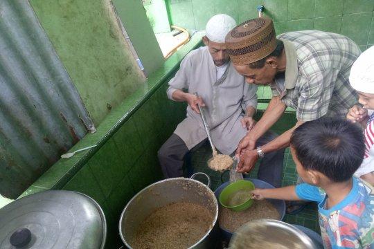 Bubur suro tradisi khas Palembang tiap Ramadhan