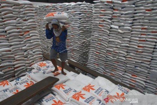 Bulog jamin ketersediaan kebutuhan pokok di Malang selama Ramadhan
