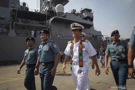 Kapal JS Samidare berlabuh di Jakarta