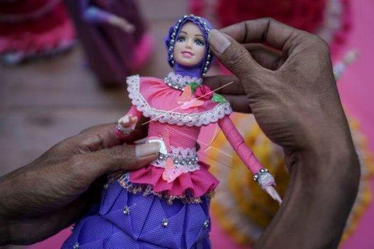 Produksi busana muslim untuk boneka barbie Page 2 Small