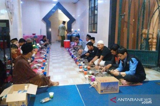 ACT Kepulauan Riau salurkan ratusan takjil setiap hari