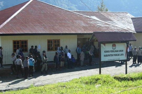 Polres dan Kodim amankan rapat pleno KPU Puncak Jaya