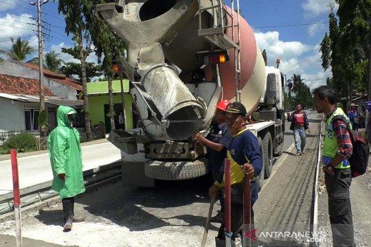 Perbaikan jalan nasional jalur selatan Jateng dikebut