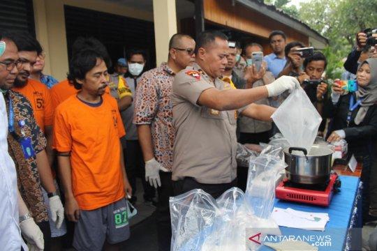 Kapolda Sulteng musnahkan dua kilogram narkoba