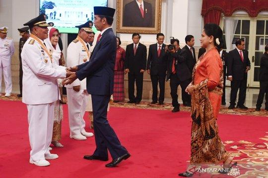 Presiden minta Gubernur Malut terpilih lanjutkan proyek infrastruktur