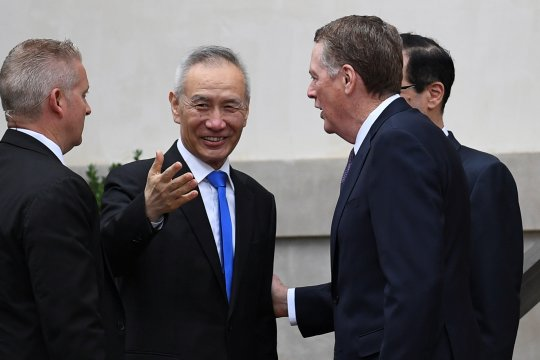 Trump: Pembicaraan dagang dengan China berlanjut, soal tarif tentatif