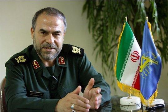 Pejabat AS: Kapal Iran 'lecehkan' tanker Inggris di Teluk