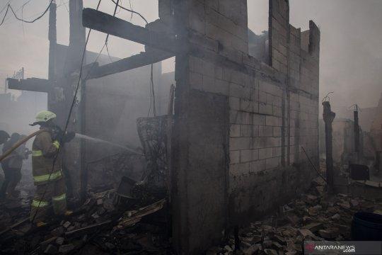 Empat ruko ikut terbakar di Kampung Bandan