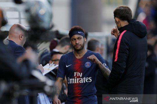 Sepuluh pemain PSG pecundangi Angers 2-1