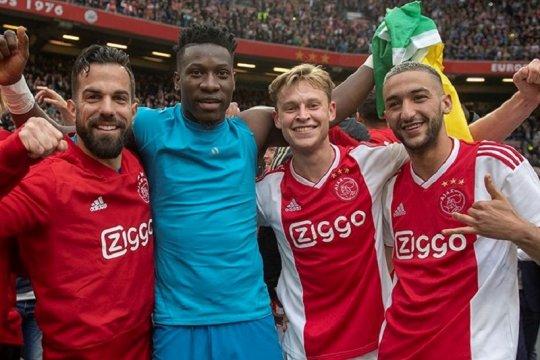 Hasil dan klasemen Liga Belanda, Ajax selangkah menuju juara