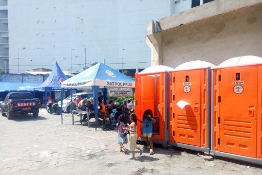 Pemkot Jakut siapkan fasilitas sanitasi di pengungsian Kampung Bandan