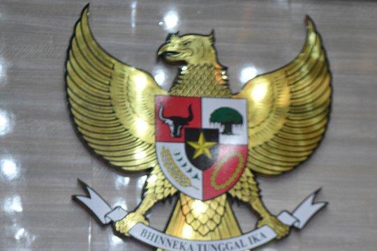 Wakil Ketua MPR prihatin penghinaan simbol negara