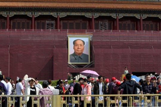 China izinkan pengalihan pelat nomor kendaraan