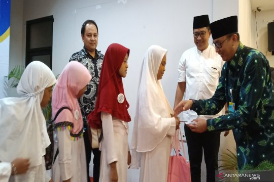 DLU berbagi untuk anak yatim di bulan Ramadhan