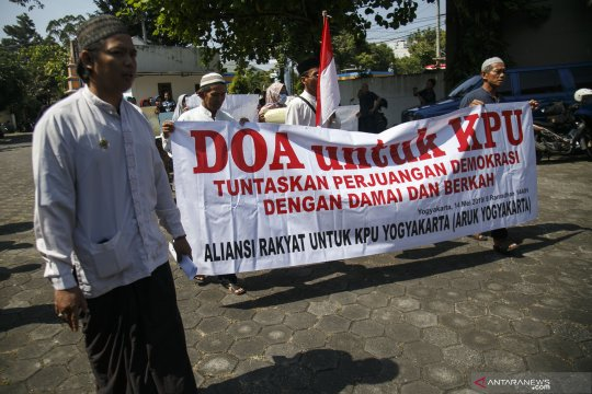 Dukungan untuk Komisi Pemilihan Umum