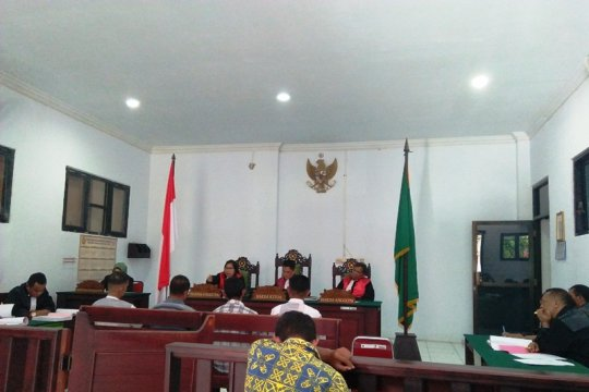 Hakim adili terdakwa korupsi Dana Desa Seram Utara