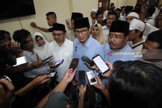 "Sandiaga kirim ""Al Fatihah"" doakan petugas KPPS wafat di Surabaya"
