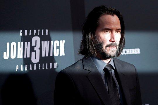 Keanu Reeves akui pernah naksir Sandra Bullock