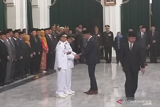 Imron Rosyadi menjabat sebagai Plt Bupati Cirebon