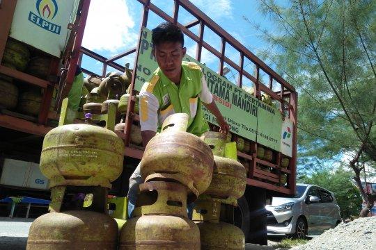 Pertamina  minta pangkalan tidak jual elpiji bersubsidi di atas HET