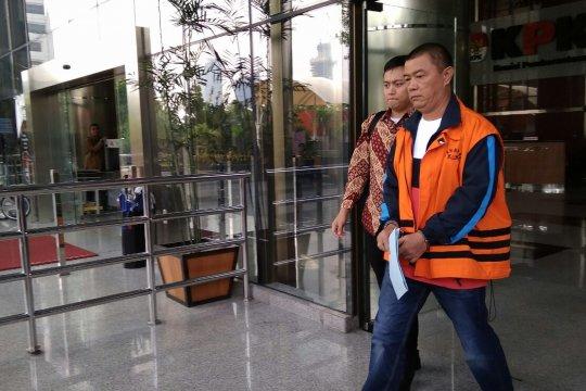 Penahanan tiga tersangka pengadaan barang/jasa Talaud diperpanjang