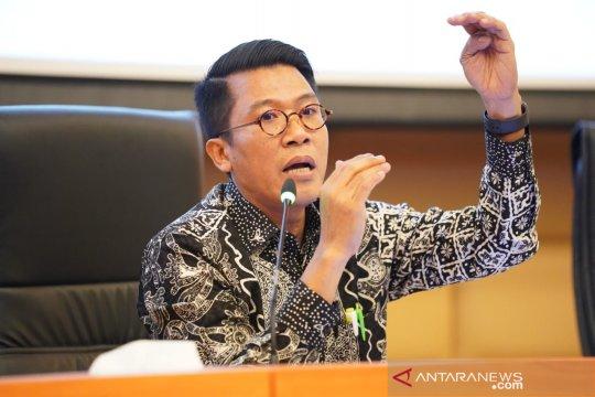 Legislator berharap Jokowi pacu pertumbuhan ekonomi  tujuh persen
