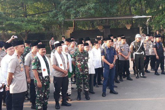 Panglima TNI-Wakapolri safari Ramadhan di Banten
