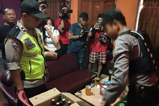 Satpol PP Tangerang amankan 250 botol minuman keras