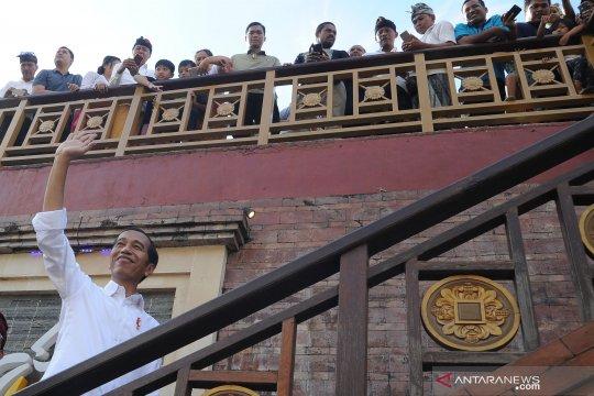 Presiden Jokowi kunjungi Pasar Badung di Denpasar