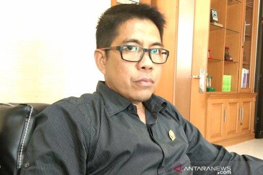 DPRD Penajam minta pemkab tingkatkan PJU jelang mudik-balik Lebaran